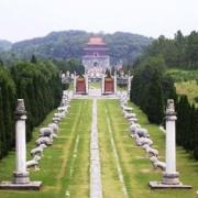 中国古代墓葬探秘